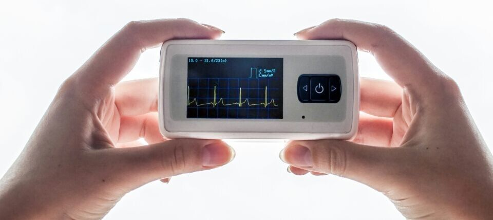 Multiple Micro Ambulatory ECG Monitoring System With USB And Palm Size